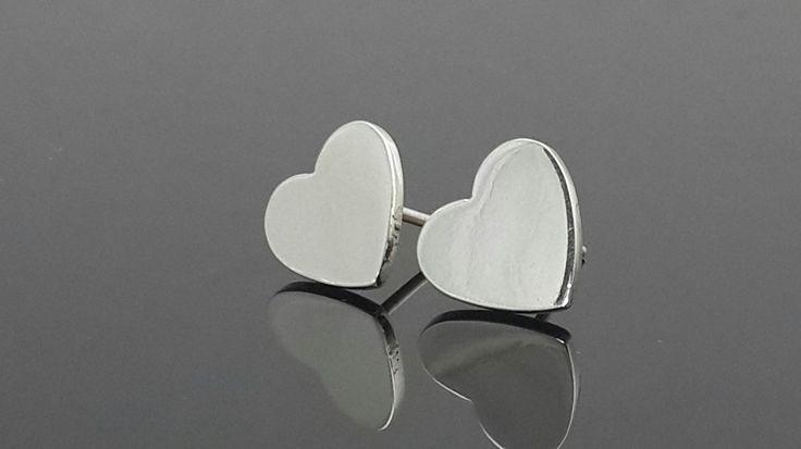 925 Sterling silver stud heart earrings by IsaBellaJewellery on Etsy
