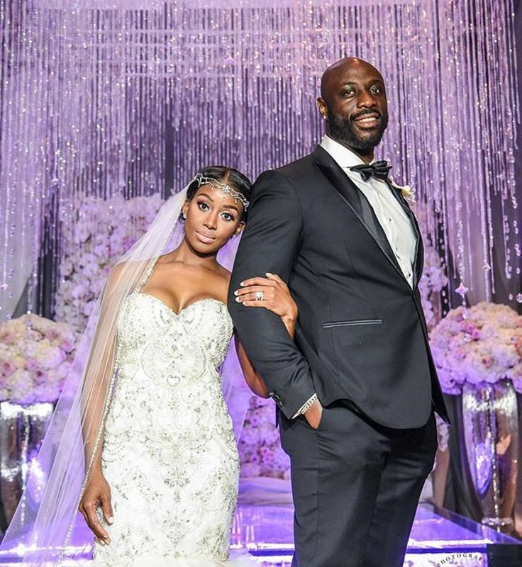 Congrats lovebirds! And loving that blinged backdrop by @tiffanycooktce. #Munaluchi #munaluchibride / #Repost @tiffanycooktce  Congratulations to Mr & Mrs Justin Houston!! I am so honored to have been a part of your big day!  We wish you a lifetime of love laughter and happiness!! @jogarner89 @jhouston_50 #thehoustonstouchdown #tiffanycookbride #luxurywedding #nflwedding #happilyeverafter