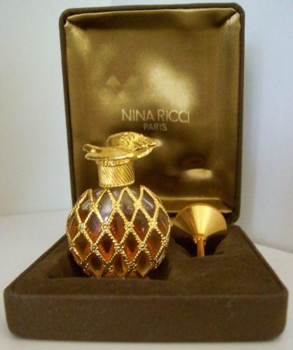 28 Best Skull Perfume Bottles Images On Pinterest: Perfume Bottles, High Fashion Photography And