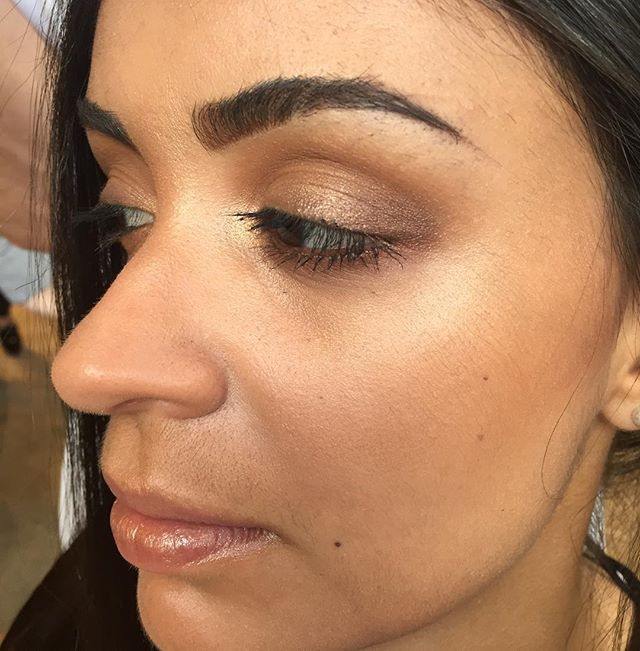 Makeup for this gorgeous face.. Blurred bronze eyes and no shortage of highlight...makeup for @sachajuan_anz #makeup #highlight #skin #bronze #nofilter