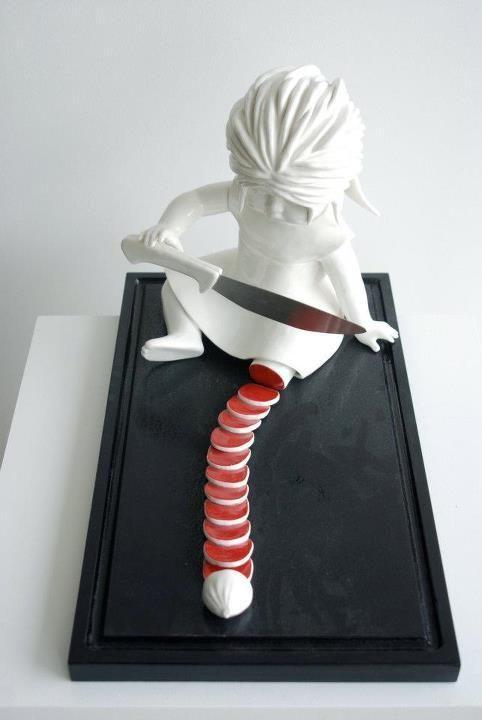 Weird sculpture art | Surrealism sculptures | Vieweird
