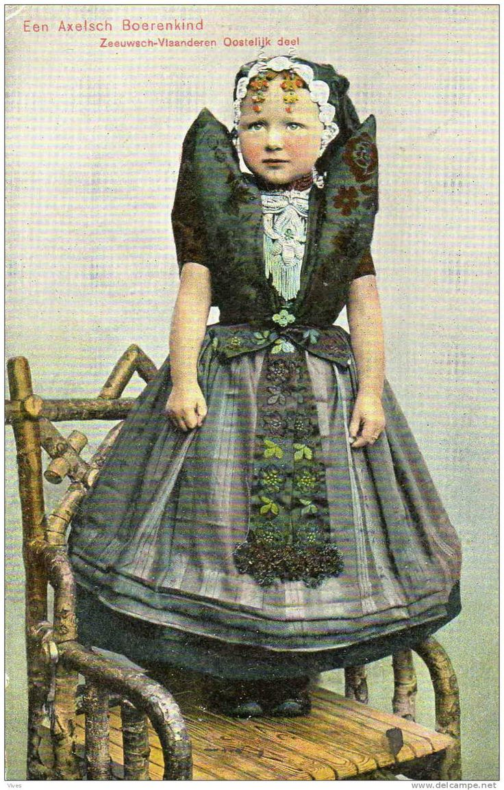 Postkaart: Een Axelsche boerenkind.
