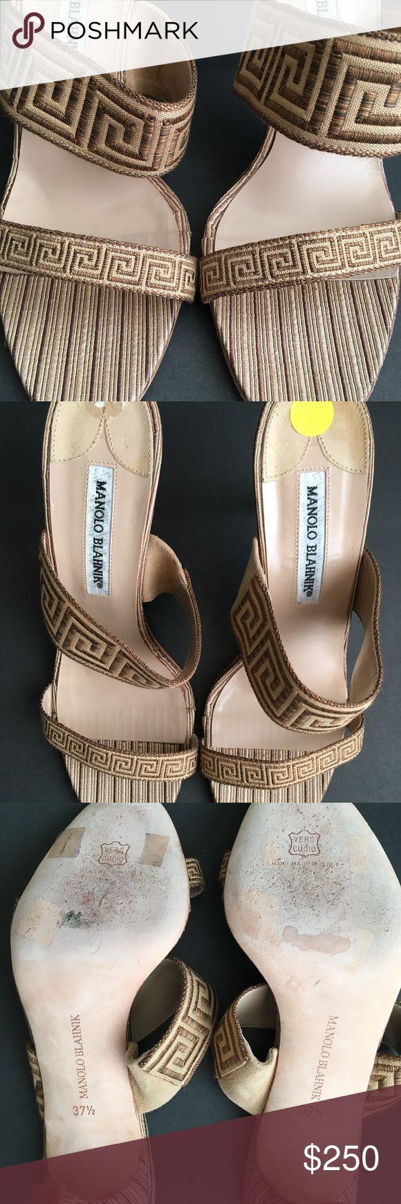 Manolo Blahnik Pump Women Manolo Blahnik Aztec Pump Light wear. Size 7. Manolo Blahnik Shoes Heels