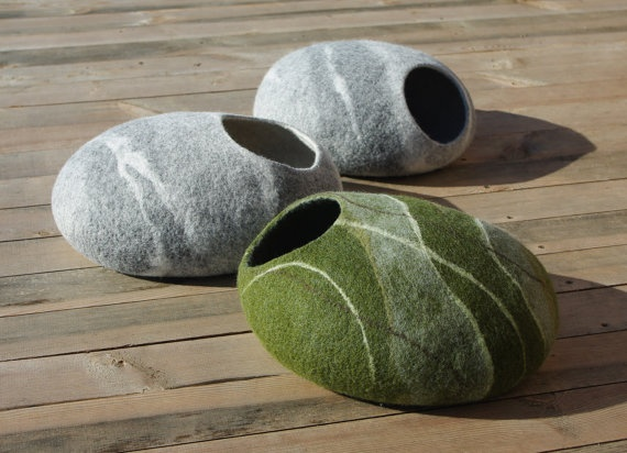 Cat cave/cat bed/cat house/grey stone/felted cat cave by elevele, $57.00