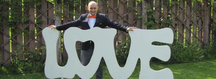 Тамада свадьбу любит!