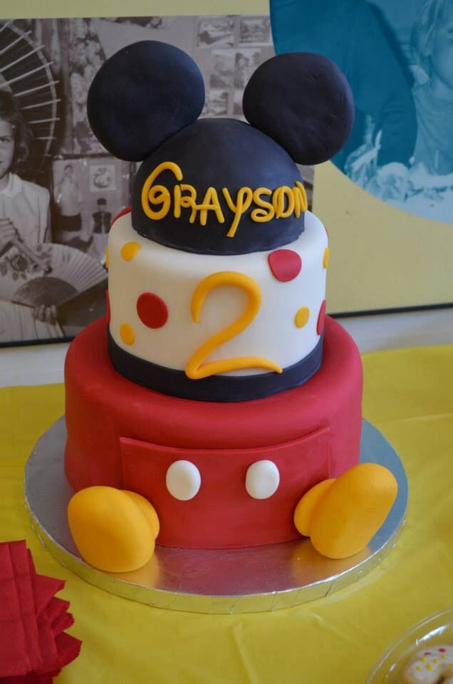 mickey mouse cake 25 best ideas about mickey mouse birthday cake on 5876