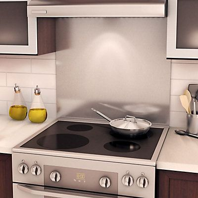 Stainless steel backsplashes 304 #4. 30 inches. Adjustable height. Simple and fast installation on almost every surface. Ideal for new-generation slide-in stoves and regular freestanding stoves. Includes molding to close the space behind slide-in stoves.