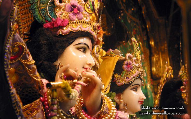 To view Radha Gokulanand Close Up Wallpaper of Bhaktivedanta Manor in difference sizes visit - http://harekrishnawallpapers.com/sri-sri-radha-gokulanand-close-up-iskcon-bhaktivedanta-manor-wallpaper-022/