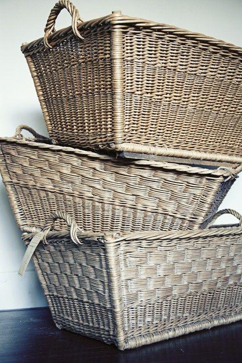 market basketsVintage Baskets, French Baskets, Company Picnics, Summer Picnics, Baskets Cases, Marketing Baskets, French Vintage, Laundry Baskets, French Marketing