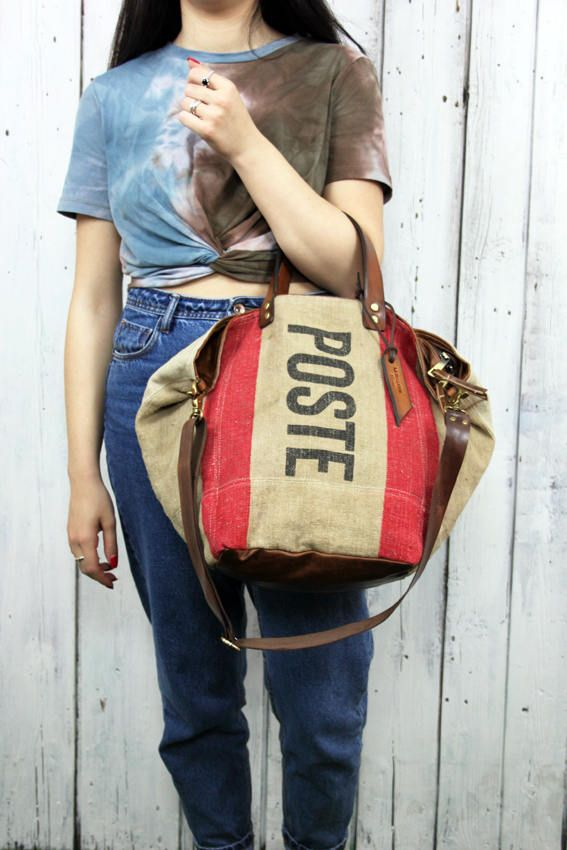 """Handbag made out of original Italian mail bag from 1945 RARE&UNIQUE """"poste bag"""" di LaSellerieLimited su Etsy"""
