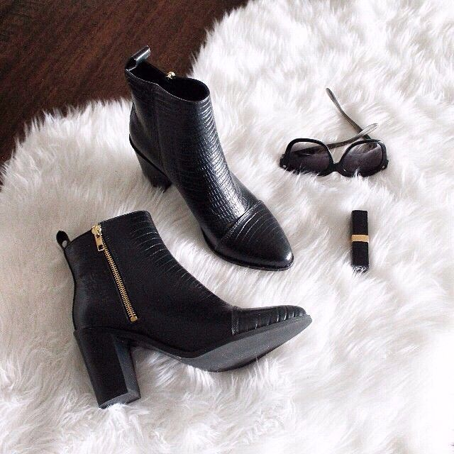 @tonybiancoshoes's Bentley Boots can't be beat! #shoelover #musthave #tonybianco