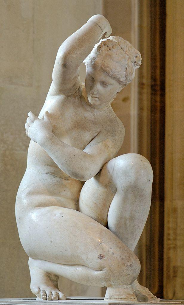 Venus (Aphrodite), Roman statue (marble), 1st–2nd century AD, (Musée du Louvre, Paris).
