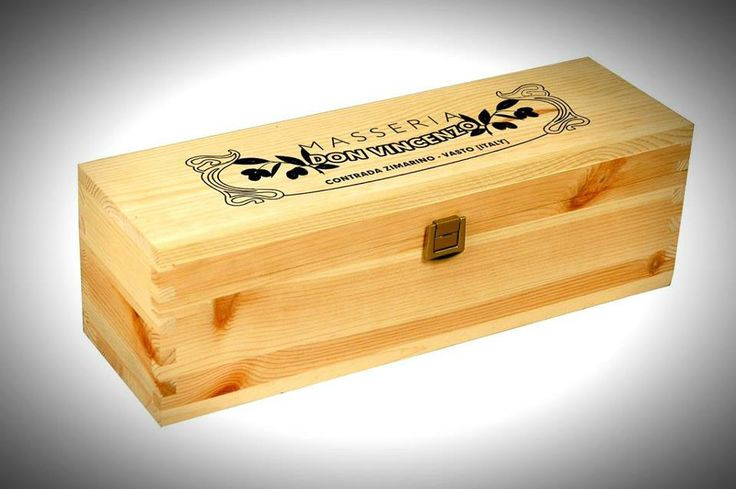 box made ​​of solid fir