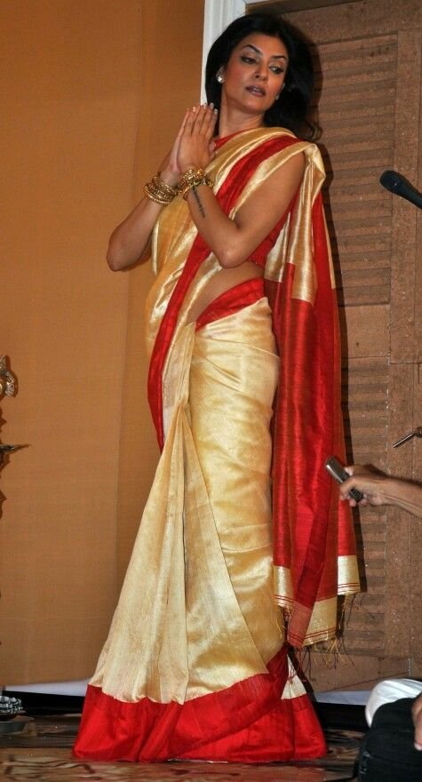 Sushmita Sen.. ohh god!!pretty lady in lovely saree.