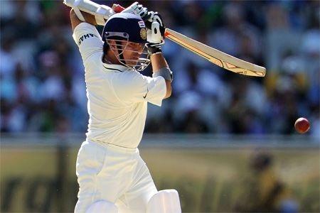 Chance for Sachin Tendulkar to break Sunil Gavaskar's domestic record