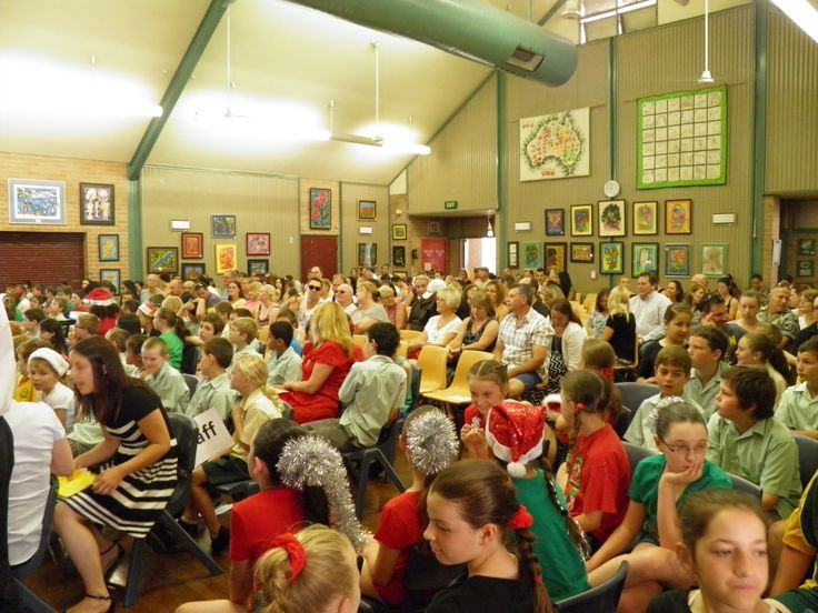 Menai Primary School Presentation Day 2013 - Look at all our visitors!