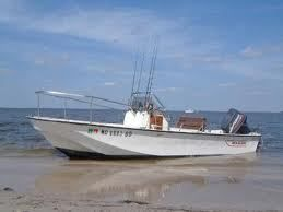 Own a classic Boston whaler boat and enjoy your water ride.