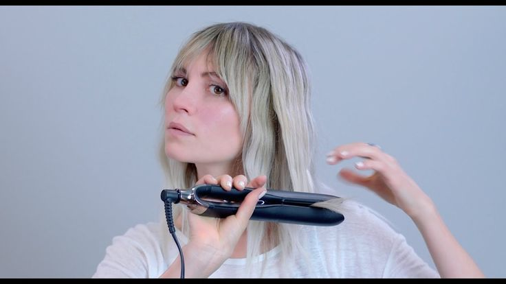 HOW-TO: Flat Iron Waves with OUAI Wave Spray • Section hair with a duck bill clip • Take a section as wide as the plates of the flat iron • Using your wrist, turn your iron over then under  • Continue the motion, leaving ends straight • Mist OUAI Wave Spray all over • Scrunch hair to add texture and define wave  Product Used:  OUAI Wave Spray - https://theouai.com/products/wave-spray