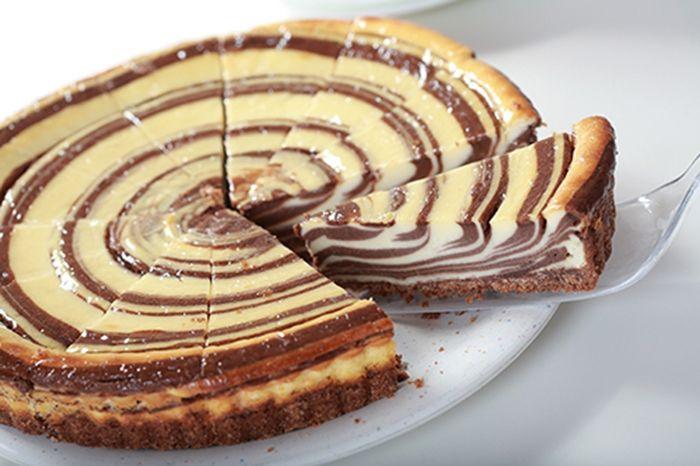 Tarta de Queso con Chocolate Te enseñamos a cocinar recetas fáciles cómo la receta de Tarta de Queso con Chocolate y muchas otras recetas de cocina..