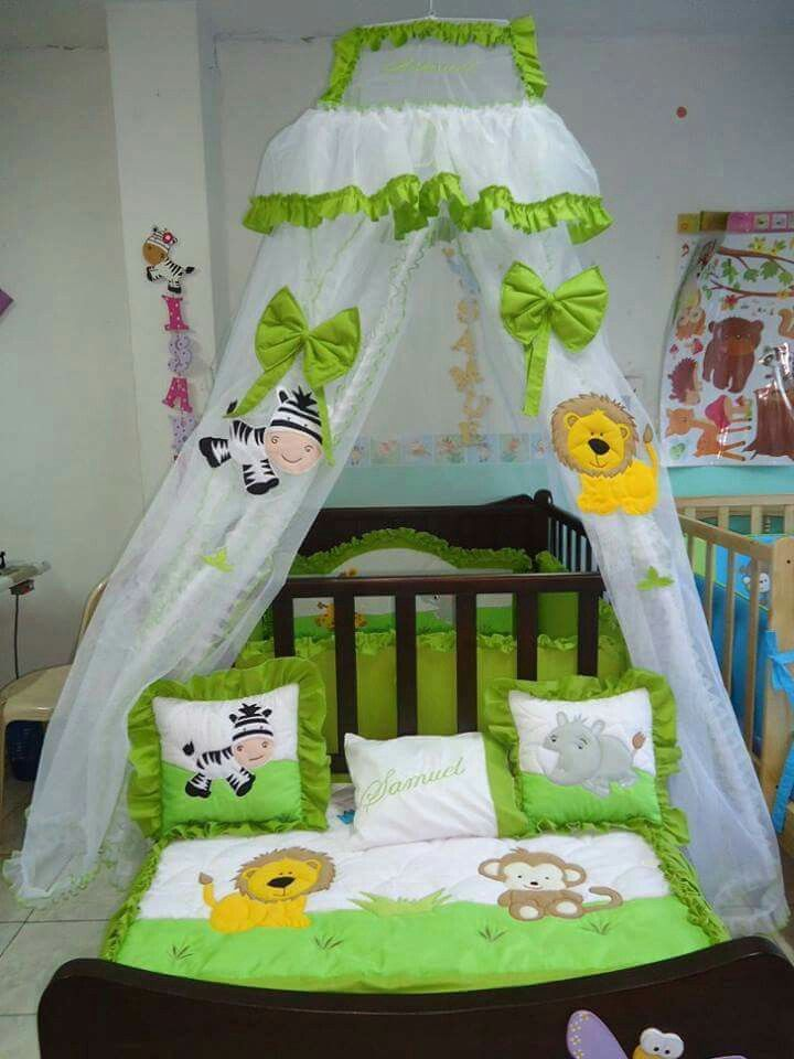 Pin de betty bertotty en mosquiteros | Baby nursery ...