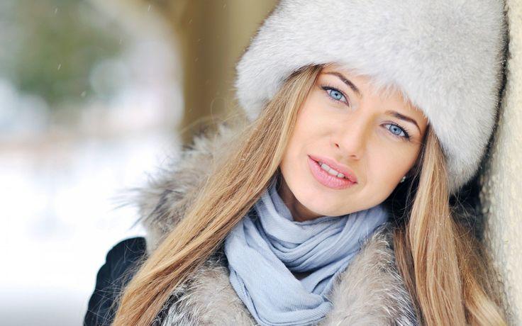 Ajakápolás felsőfokon - Az ellenállhatatlan csókos száj titka -> http://www.fashionfave.com/ajakapolas-felsofokon#utm_source=pinterest&utm_medium=pinterest&utm_campaign=pinterest