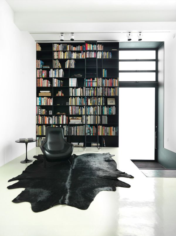 38 Interiors incorporating black for a chic style