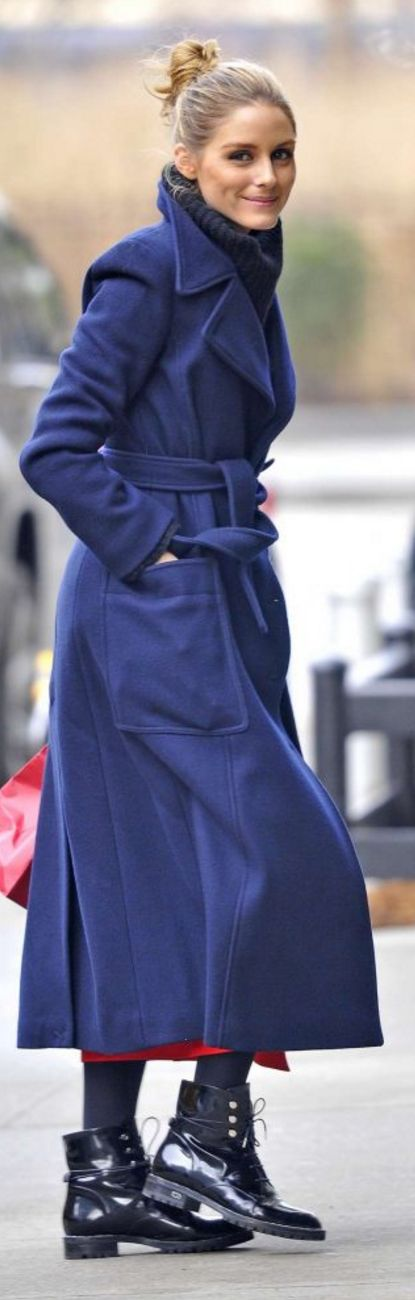 Who made  Olivia Palermo's blue belted coat, white handbag, and black lace up boots?