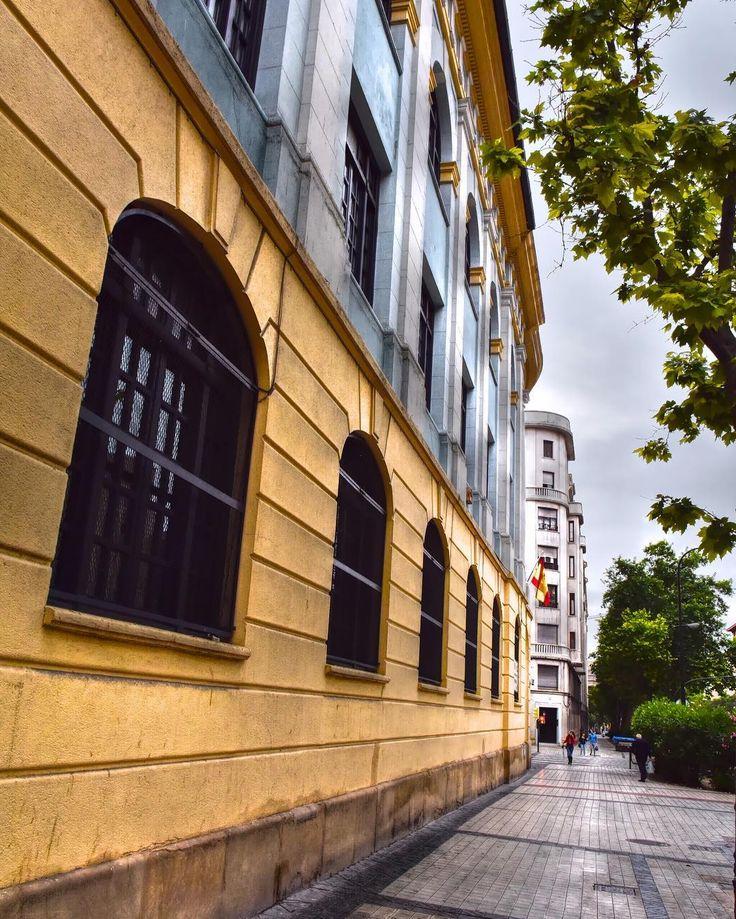 #BuenosDias #Zaragoza Fachada colegio Joaquin Costa #Perpestive patrimonio cultural de #Aragón en Paseo Maria Agustin  #street  #Architecture #Building #city  #ok_streets #streetphotography  #unpaseounafoto #instazaragoza #zaragozapaseando #zgzciudadana  #todoclick #igersaragon #enjoyaragon #estaes_aragon #aragonizate  #igerespaña #igersspain #igersgallery  #hdr #hdriphonegrapher #hdr_captures #hdrphotography #love_hdr_colour #ig_hdr_dreams #hdr_lovers