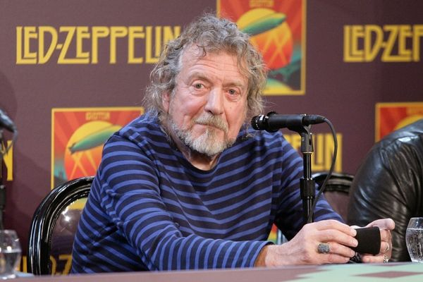 """After their tantalizing one-off gig in 2007, Robert Plant has hinted that he's open to aLed Zeppelin reunion next year. """"I've got nothing to do in 2014,"""" he said."""
