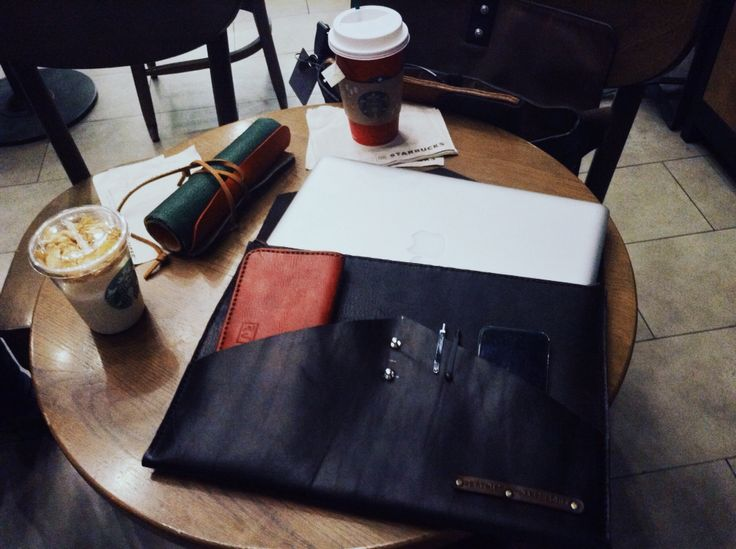 Customized Leather Macbook Sleeve for one of my customers. Outside: Cow Leather. Inside: Suede. #BeSpoke #HandStitched  If you would love to have some personalized leather stuffs, order me. This is my pleasant . Product of 'rey.winter.stuff' by REY.WINTER . Follow @laboratorio.1 if you feel free . #lifeisbeautiful #hcmclife #hcmc #Vietnam #district1 #leather #HandCraftedLeather #handmadeleather #leatherstuff #ReyWinterStuff #reywinter #Laboratorioone #vsco #vscocam #MacbookSleeve