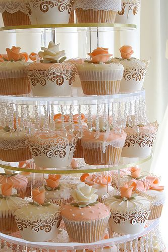 Peaches and Cream Ivory Champagne Pink Rose Peach cupcakes