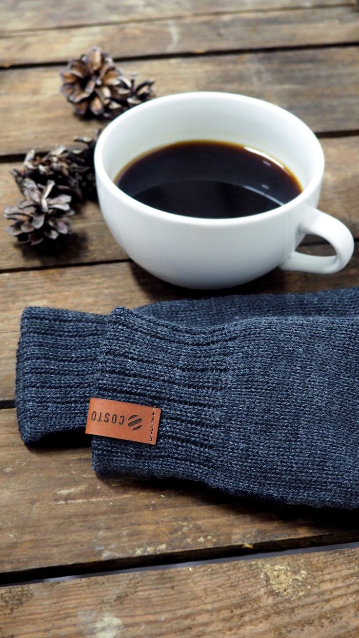 Tumbu Mittens by COSTO - winter accessories for cold days