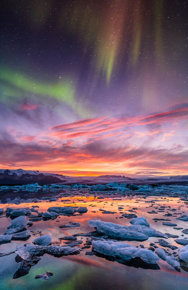 Aurora over Jokulsarlon, Iceland,by BSGuylncognito, on Deviantart / Love Your Mother <3