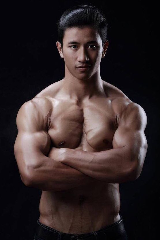Video clips of asian bodybuilding workouts for