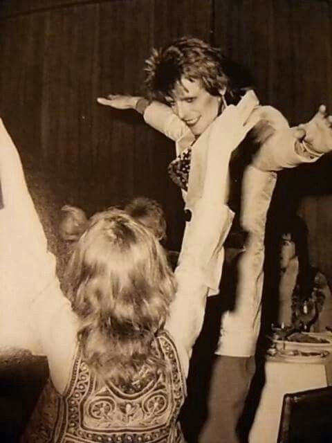vezzipuss.tumblr.com — David Bowie with a fan, Circa 72 ➰