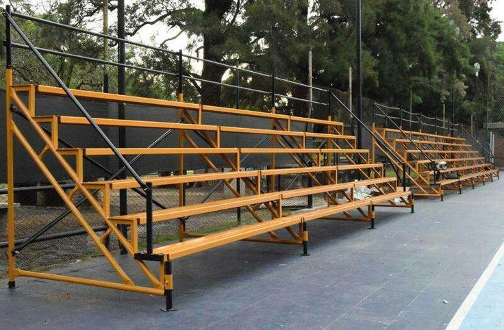 Les presentamos la segunda tribuna de 9 metros de largo, foto gentileza de Futsal Club Comunicaciones
