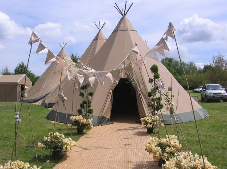 Cotton, lace and Hessian bunting and jars at Liv and Steves beautiful Teepee wedding www.fleurdelace.co.uk  #wedding #bunting #teepee #flowers
