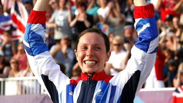 Samantha Murray celebrates silver in the modern pentathlon (Reuters)