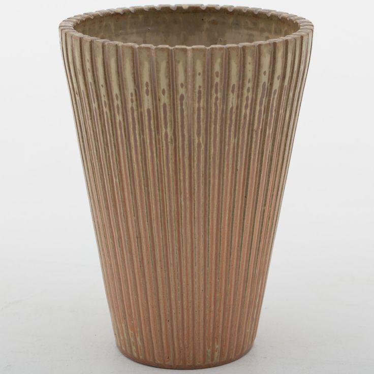 Vase in stoneware