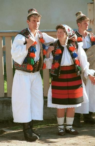 Folk costume of #Maramureş, #Romania Mens hats typical for Budesti village