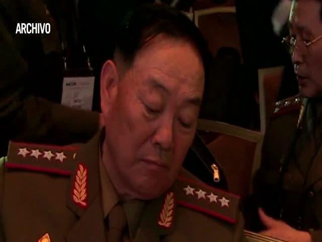 Corea Del Norte: Ejecutan A Su Ministro De Defensa Con Misiles Antiaéreos Por Quedarse Dormido Durante Desfile #Video