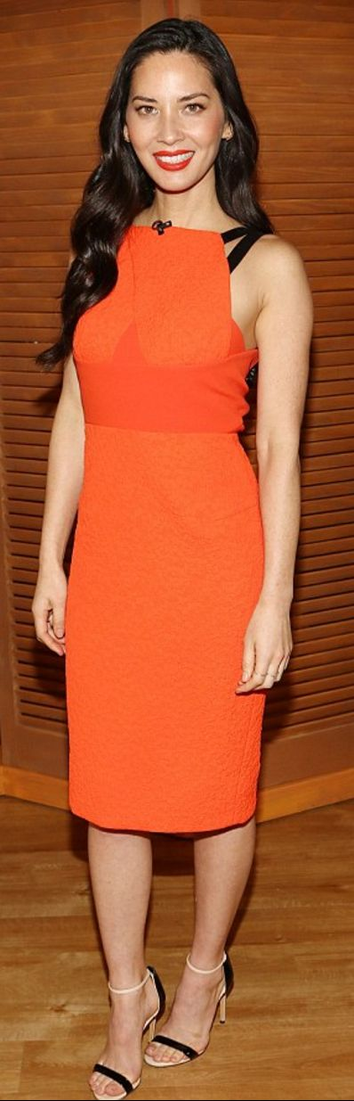 Who made Olivia Munn's orange dress and sandals?