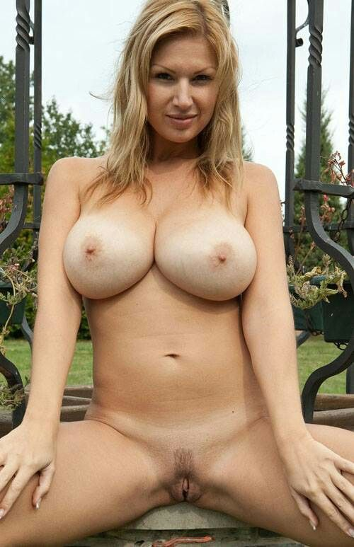 Busty hot naked women