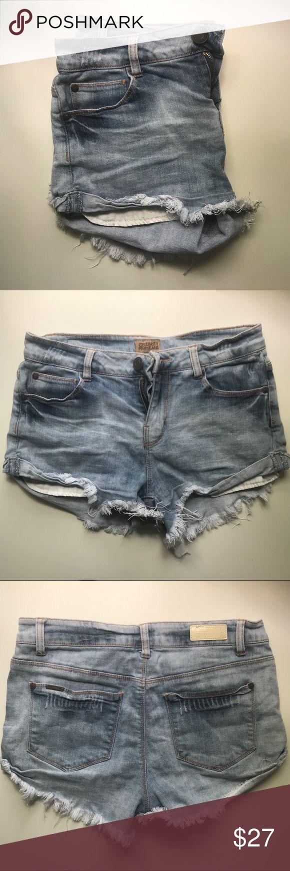 acid light wash denim jean shorts size 4 light wash kind of acid toned denim shi…