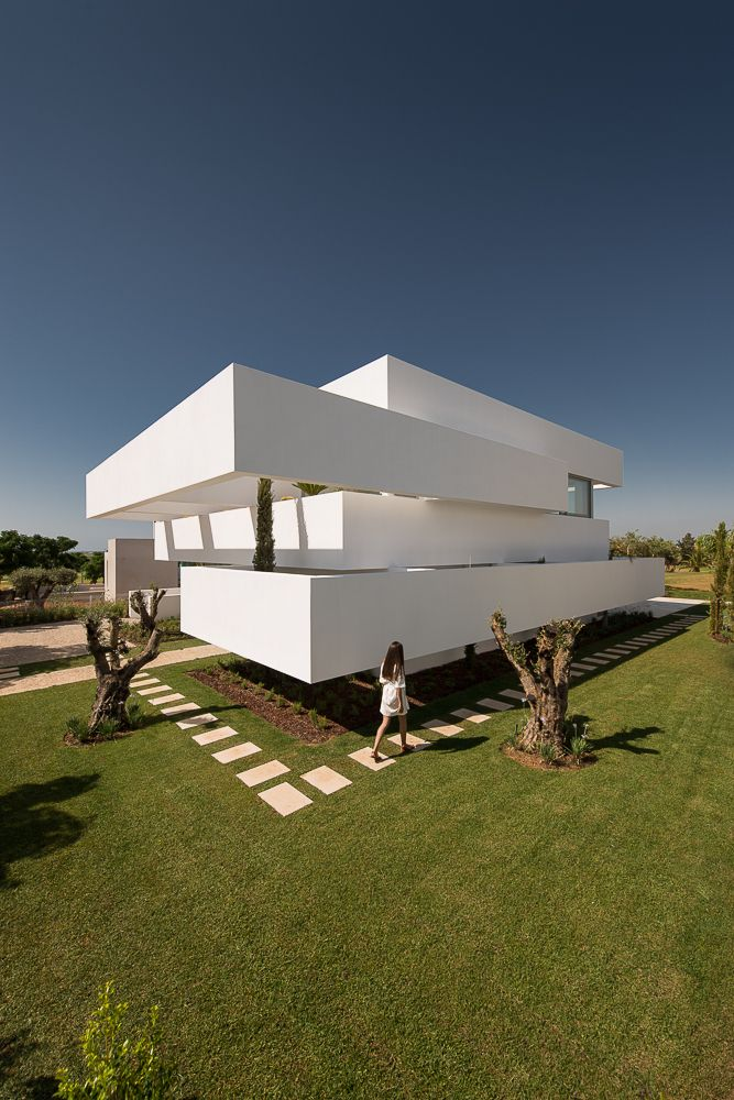 Gallery of Five Terraces and a Garden / corpo atelier - 1