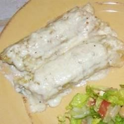 Large manicotti noodles are stuffed with an aromatic blend of marinated chicken, ricotta cheese, egg, basil, oregano and marjoram. Blanket with a velvety Alfredo sauce, top with mozzarella cheese and bake to perfection.