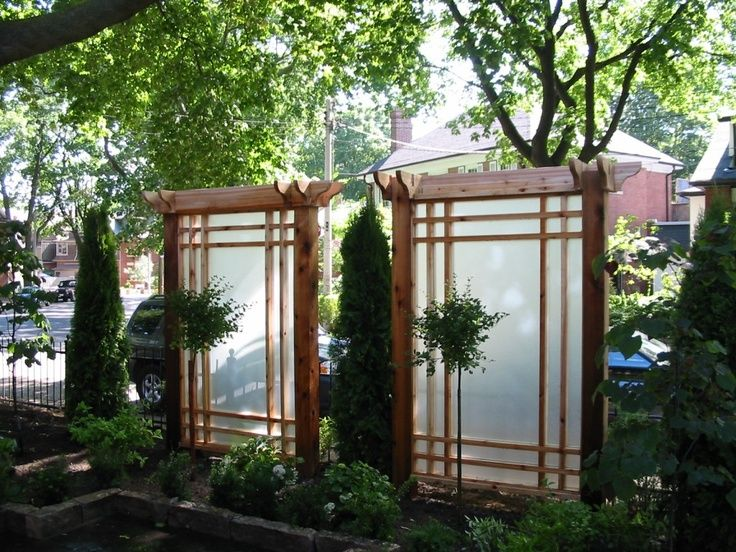 10 best images about privacy screen on pinterest stone for Creative privacy screen ideas