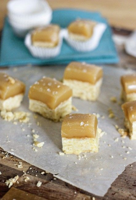 Salted caramel short bread (from Sweet Tooth) + 50 yummy cookie recipes: Fun Recipe, Salts Caramel, Favorit Recipe, Cookies Recipe, Sweet Tooth, Yummy Cookies, Caramel Shortbread, Soft Shortbread, Salted Caramels