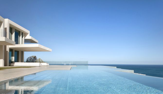 Así es la mejor piscina privada de Europa | Comunidad Valenciana | EL MUNDO