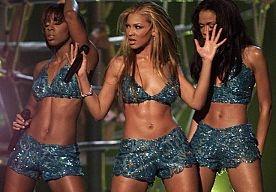 30-May-2013 10:43 - DESTINYS CHILD MINI-REÜNIE. Beyoncé, Kelly en Michelle kropen weer heel even samen de opnamestudio in voor een nieuw nummer.